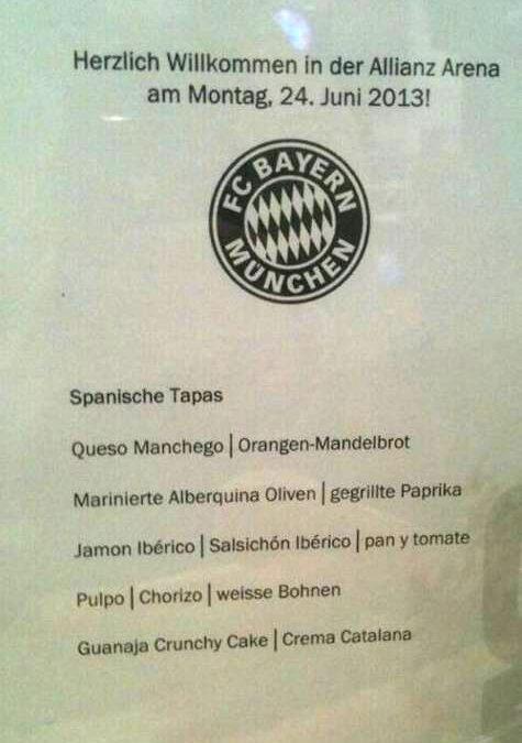 Pep Guardiola blir presentert i München med iberiske tapas