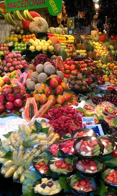El mercat de la Boqueria de Barcelona en plena ebullició