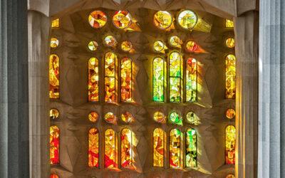 Não perca a Sagrada Família em sua visita a Barcelona… Não é um bom presunto!!!