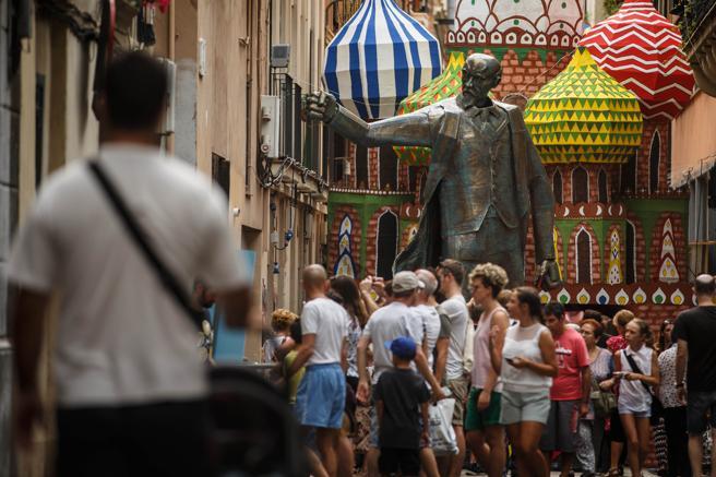 ¡El barrio de Gràcia en Barcelona, está de fiesta!